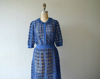 Vintage 1930s dress . 30s floral knit lace dress