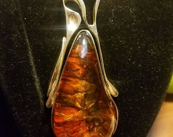 Sterling Silver Large Amber Modernist Collar Necklace with Plum Amber Pendant