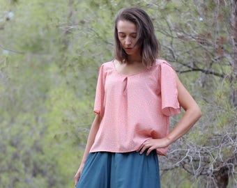 Top with open sleeves, Peach color