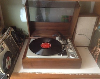 Vintage KLH Model Twenty Stereo System with turntable, FM , 2 Aux inputs, retored and
