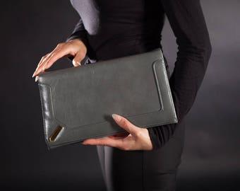 1980's Grey Leather Convertible Purse / Shoulder Bag / Clutch