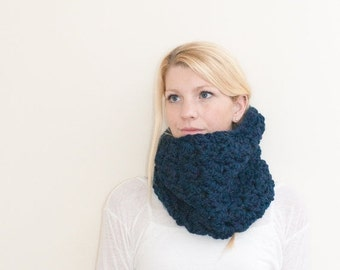WINTER SALE The Chunky Cowl Neckwarmer  Scarf - navy - Wool Blend