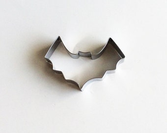 Bat Cookie Cutter Halloween Biscuit Cutter/Metal Cookie Cutter Mold/Dough Fondant Biscuit Cutter/Pastry Cutter/Baking Supply/Theme Party