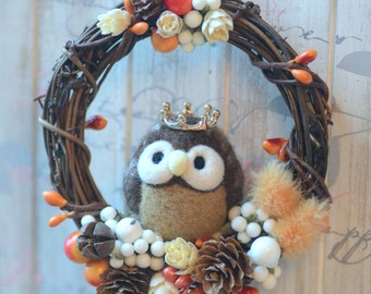 Needle felt owl dry flower wreath, owl doll wreath home decor ornament, woodland fall winter wreath, holidays ornament, gift under 30
