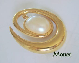 Vintage Monet Modernist Goldtone Pearl Cabochon Brooch Designer Signed Jewelry Jewellery