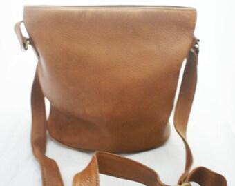 COACH - British Tan Bucket Bag #4907