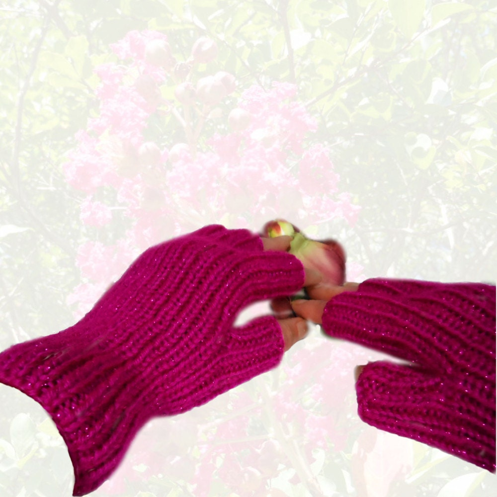 Hobo Gloves Knitting Pattern : Womens Hand Knit Fuchsia Sparkle Fingerless Hobo Gloves