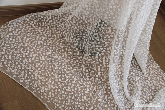 White lace fabric chrysanthemum embroidered flower