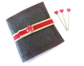 Grey Felt Needle Case - Felt Needle Case - Sewing Needle Case - Hand Sewing Needle Case - Needle Book