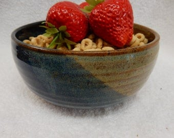 "Stoneware Pottery Cereal/ Ice Cream Bowl. Approx. 6"" dia. x 2-3/4"" tall. Holds 3 cups."