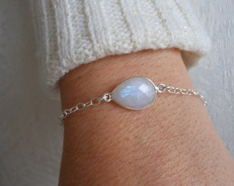 Dainty Bracelet, Moonstone Bracelet, Layering Jewelry, Sterling Silver,Minimalist Bracelet, Healing Stone, Gemstone Jewelry, Gift for Her