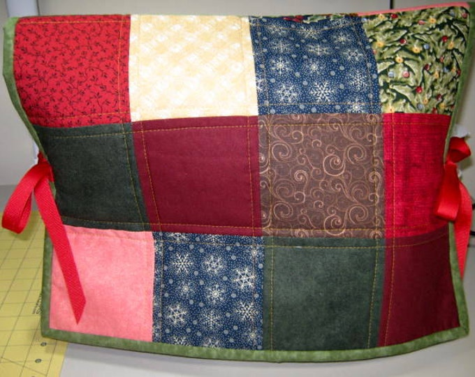 Christmas Reversible Quilted Sewing Machine Dust Cover