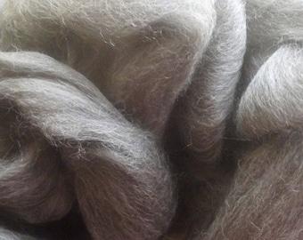 Grey Finn Wool Top Roving 8 oz