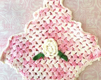 Reserved: Pretty Vintage Pink and White Basket Crochet 1950's Pot Holder
