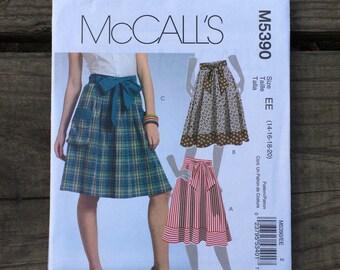 Skirt Pattern / Skirt and Belt Pattern / Summer Skirt Pattern / Spring Skirt Pattern / McCalls 5390  / UNCUT