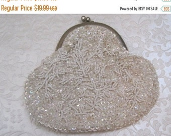 55% STORE WIDE SALE Vintage Purse, Coin Purse, White, Beaded, Coin Purse, Estate Find, 1950's