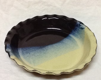 20% Off!  Stoneware Pie Plate-  Stone Penguin Pottery