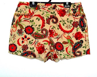 Vintage Paisley Beige Studded High Waist Shorts