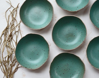 Rustic Green Bowl - Breakfast Bowl - Ceramic Bowl - Pottery Bowl - Cereal Bowl - Speckled Bowl - Green Ceramic Bowl