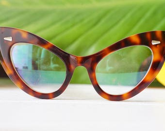 Vintage Style Extreme Cat Eye Frames Thick Temples Very large by Lemon Eyeglass Co. Handmade 1960's style 46-22 Oversized