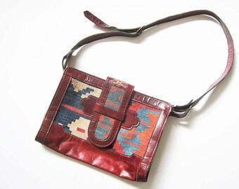 Kilim Bag / Turkish Kilim Purse / Tapestry Purse / Crossbody Bag / Leather Purse / Boho Hippie Bag