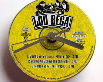 "LOU BEGA CD Clock, "" Mambo No. 5 "", made from an original music cd, Fun gift, yellow and silver, recycled, upcycled, eco-friendly gift"