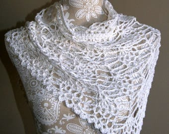 Small Neck Wrap, Bandana Style Cowl, Hand Crocheted Scarf, Cotton Linen Yarn, White, Woman's Accessory, Summer Scarf, Gift for Her