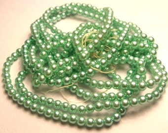 375 Mint Green Pearls - Vintage Green Pearl Lot - 3.5mm Pearls - DIY - Jewelry Supplies - Craft Supplies - Sea Green Pearls