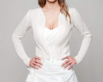 Wedding Jacket Sofie with knot  made of soft merino cashmere skin friendly and warm for church and reception in white, off white, ivory ...