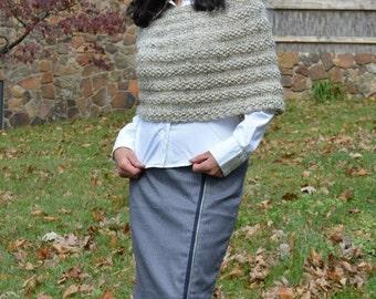 Beige Capelet, Knit Capelet, Women Fashion, Hand Knit Capelet, Women Poncho, Fall Capelet, Women Knitwear, Fall Knitwear