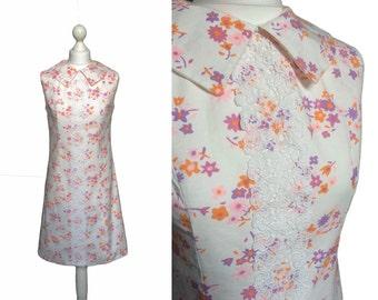 Cute 60's Dress - Pilgrim Collar - 1960's Vintage Dress - Retro Mini Dress - Pretty White Cotton Floral Dress