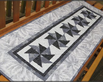 Quilted Christmas Table Runner Silver Gray Warm Wishes 654
