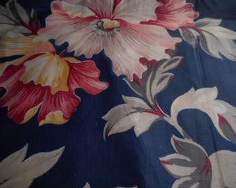 Vintage 1940's, 50's Large Scale Floral Pattern Polished Cotton? Fabric, 2 yards plus