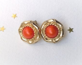 Vintage Gold Tone Clip On Earrings Pair, Retro Boho 1970s Earrings