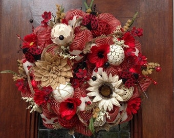 Red and Khaki Mesh Lady Bug Wreath
