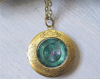 Jade Mechanical Eye Bronze Photo Locket