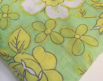 Floral Twin Fitted sheet flower power Mod citrus green yellow botanical shabby cottage chic fabric craft supply room decor by Dan River