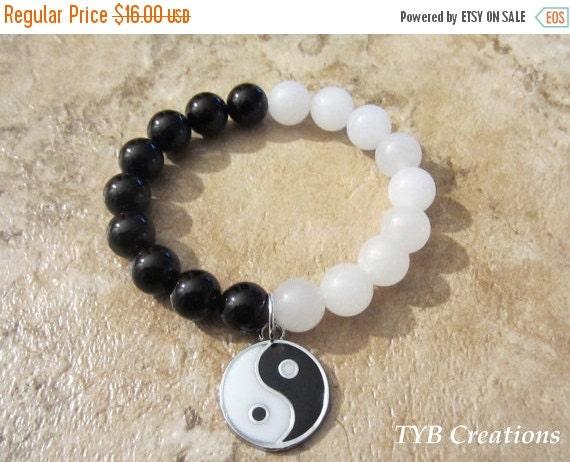 SALE Yin and Yang Bracelet. Yoga Bracelet. Stretch Bracelet. Unisex Bracelet. Meditation Bracelet.