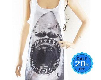 Shark shirt jaws shirt animal top women workout shirt graphic tshirt hipster top blogger t shirt funny tee women top screen print size M
