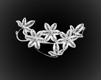 Hawaiian Dream brooch silver embroidery