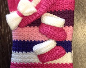 Baby Shower Gift, Blanket, Hat, and Booties, Baby Set