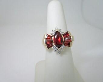 ANTIQUE Victorian! 10K Solid Gold 2.0 ctw GARNET & Natural DIAMOND Ring Size 6.5 R760