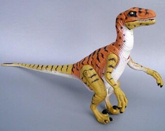 Vintage 1997 Jurrasic Park Velociraptor Dinosaur Figure