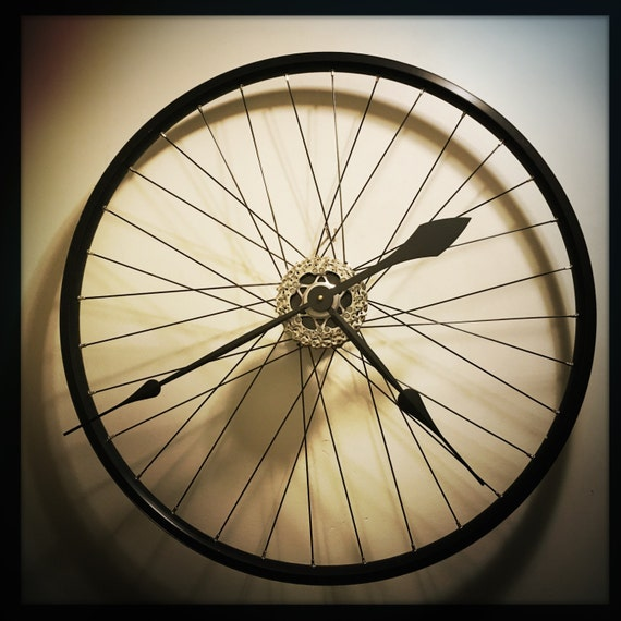 Bike wheel wall clock large wall clock bicycle gift for Bicycle wheel wall art