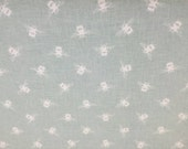 Stunning Duck Egg Bee Fabric Nature Unisex 100% Cotton Upholstery Curtain Fabric UK Design