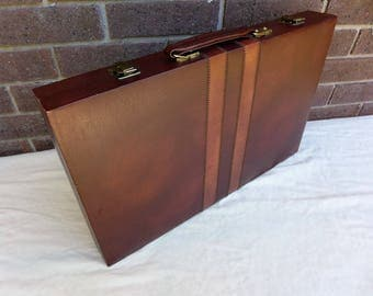 Vintage Tournament Backgammon Set in Brown Faux Leather Case Large White and Brown Chips Shakers Dice Complete Classic Game Room