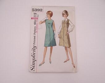 Vintage 1960s Simplicity Pattern #5392 Size 14 Dress Pattern - Vintage Women's Shift Dress Pattern - Cut Complete 1960s Retro Sewing Pattern