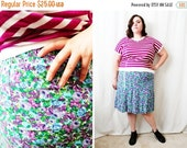 CLEARANCE - FINAL SALE - Plus Size - Vintage Purple Ditsy Floral Print 6-Gore Skirt (Size Xl 12/14)