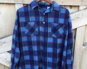 Vintage Flannels- Size Large