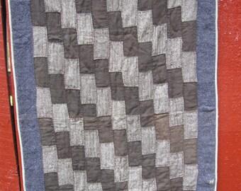 Vintage Amish Quilt, Brickwork, Lap/Crib/Throw Size